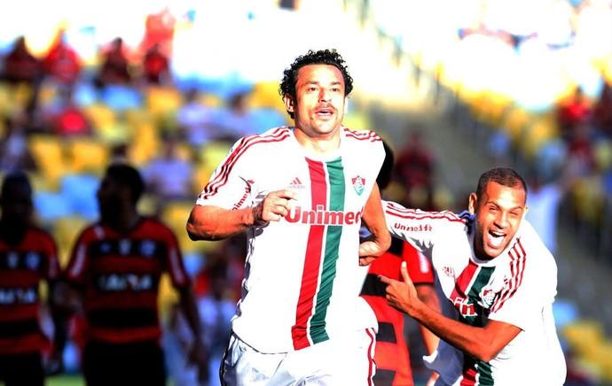 Fred e Carlinhos comemoram, Fluminense x Flamengo (Foto: Ricardo Ayres/Photocamera)