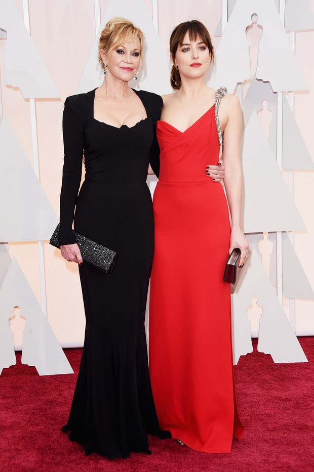 Melanie Griffith e Dakota Johnson (Foto: AFP)