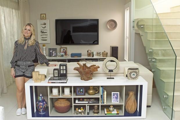 Giselle Prattes mostra decoração de sua casa para o EGO (Foto: Marcos Serra Lima/EGO)