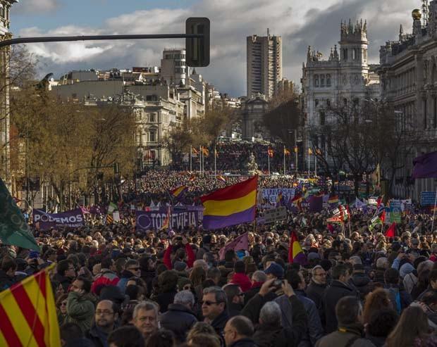 Movimento 'Podemos' tomou as ruas da capital espanhola (Foto: Andres Kudacki/AP)