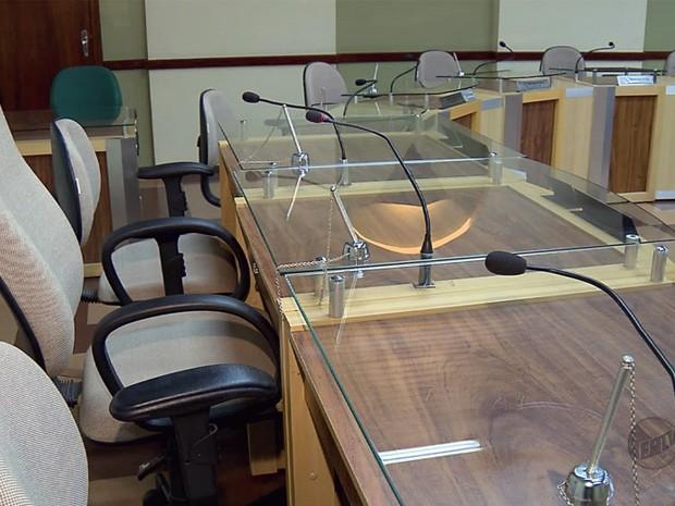 Câmara de Alfenas poderá ter mais cargos comissionados (Foto: Reprodução EPTV)