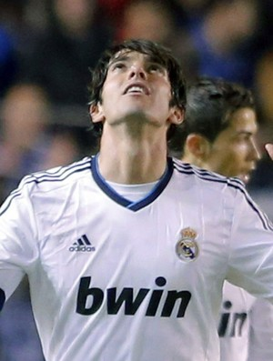 Kak&#225; comemora gol do Real Madrid sobre o Deportivo La Coruna (Foto: EFE)
