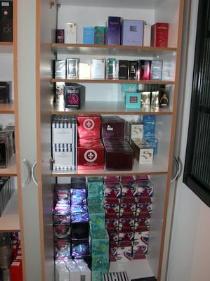 Esquema de contrabando de perfumes via internet é desarticulado em operação federal em São Pedro (Foto: Goep/Receita Federal)