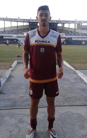 Atacante Luiz Carlos, Central (Foto: Adrinaldo Barbosa)
