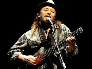 O cantor Geraldo Azevedo, que apresenta show em comemoração aos 40 anos de carreira nesta terça e quarta (23 e 24) na Caixa Cultural, em Brasília (Foto: Márcia Moreira/Divulgação)
