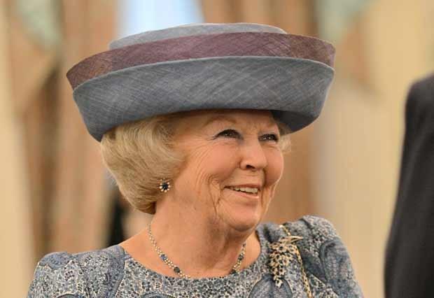 A Rainha Beatrix em Cingapura em 24 de janeiro (Foto: AFP)