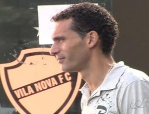 César Gaúcho, zagueiro do Vila Nova (Foto: Reprodução/TV Anhanguera)