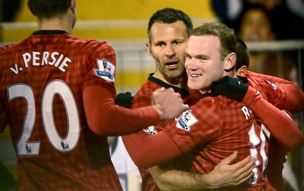 Rooney comemora gol do Manchester United sobre o Fullham (Foto: Reuters)
