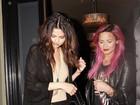 Selena Gomes está bem com a prisão de Bieber, diz Demi Lovato a rádio