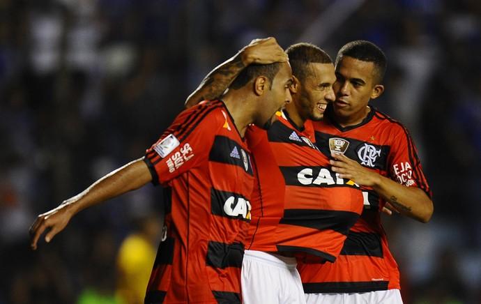 Paulinho comemora, Emelec x Flamengo (Foto: AFP)
