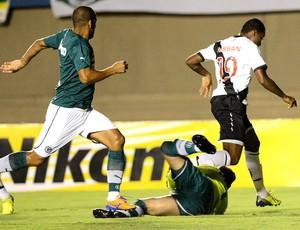 Edmilson no jogo Goiás e Vasco (Foto: Carlos Costa / Futura Press)
