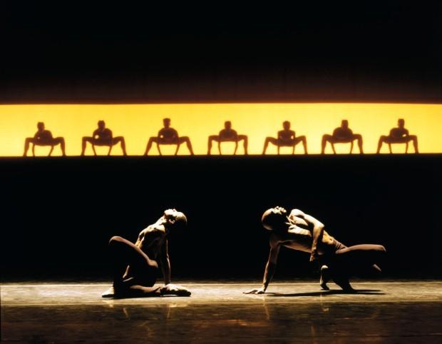 Grupo Corpo estreia espetáculo inspirado em Exu (Foto: José Luiz Pederneiras/divulgação)
