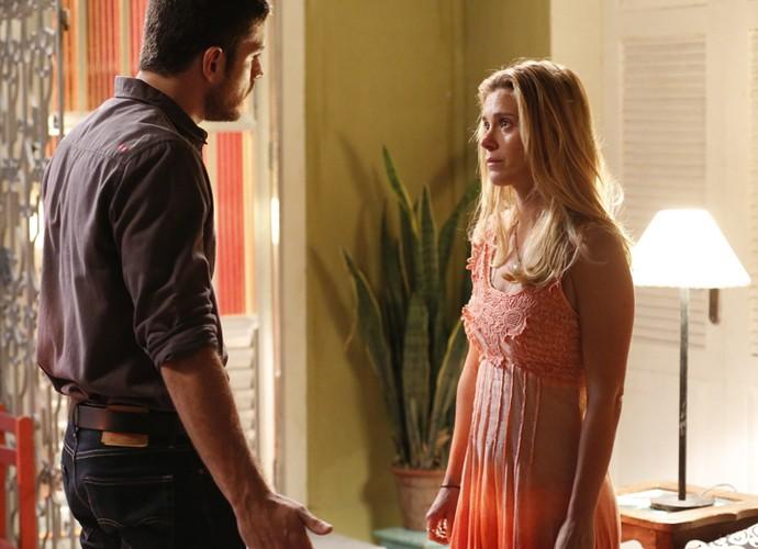 Lara fala de seus receios com Dante (Foto: Ellen Soares/ Gshow)