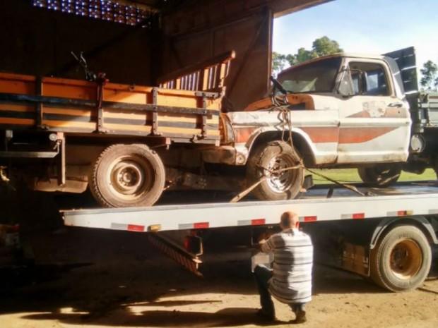 Base de quadrilha de roubos de veículos é encontrada em Leme (Foto: Polícia Civil de Leme)