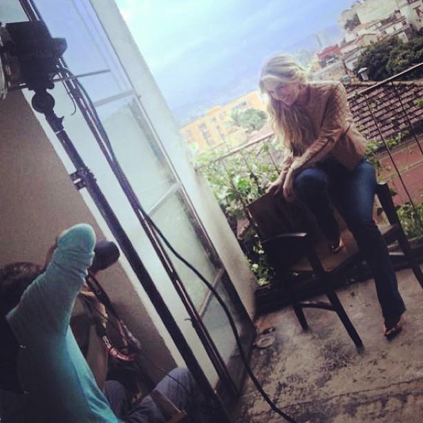 Ex-BBB Fernanda fotografa (Foto: Reprodução/Instagram)
