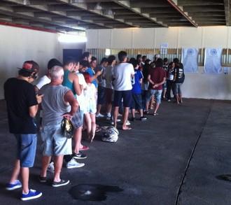 Ingressos, São Bento x Corinthians, Sorocaba (Foto: Moisés Soares / TV TEM)