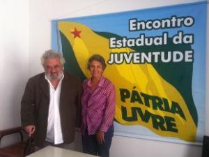 Alzemira Bacellar e Cláudio Fajardo, candidatos do PPL em Curitiba (Foto: Fernando Castro/G1)