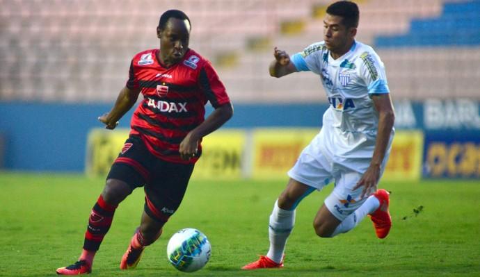 Marquinhos e Renato Oeste x Avaí (Foto: Antônio Cícero/Framephoto/Estadão Conteúdo )