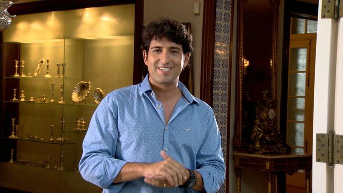 Alessandro Timbó é o apresentador do 'Mosaico Baiano' (Foto: TV Bahia)