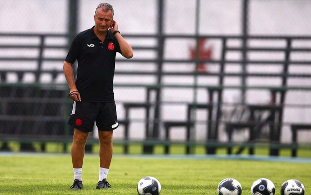 Dorival junior vasco treino (Foto: Jorge William / O Globo)