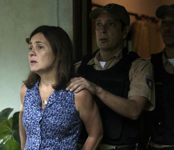 Sete anos antes, Fátima foi presa injustamente (Foto: Gabriel Nascimento/Gshow)