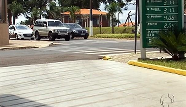 Bom Dia Paraná combustiveis (Foto: Reprodução/RPC TV)