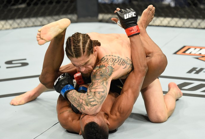 Iuri Marajó x Luke Sanders UFC 209 (Foto: Getty Images)