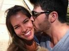 Ex-BBBs Adriana e Rodrigão curtem fim de semana romântico