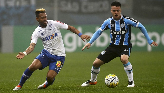 Rafael Silva; Ramiro; Grêmio x Cruzeiro (Foto: Lucas Uebel/Light Press)