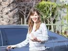 Jennifer Garner reage com bom humor ao ver carro arranhado