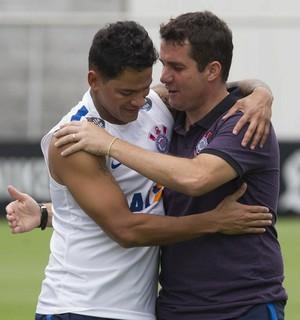 Osmar Loss e Giovanni Augusto, Corinthians (Foto: Daniel Augusto Jr./Agência Corinthians)