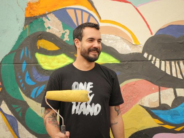 Eduardo Talley trabalhou como ajudante de cozinha e outras funções que nunca havia exercido antes (Foto: Augusto Kuba)