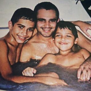 Luciano relembra momento da infância dos filhos Nathan e Wesley (Foto: Reprodução/Instagram)