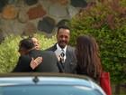 Prince é homenageado em cerimônia religiosa privada em Minnesota