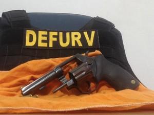 Arma usada para matar empresário é localizada em Campo Grande (Foto: Nadyenka Castro/G1 MS)