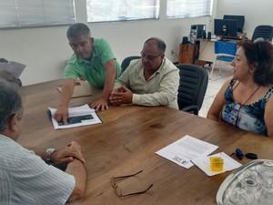 Pedido de assembleia foi feito nesta sexta-feira na sede do Dnocs (Foto: Geraldo Humberto/Vidas Áridas)
