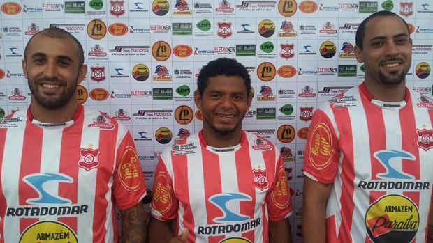 Fernando Sá (atacante), Ronaldo Sousa (lateral-esquerdo) e Júnior Maceió (zagueiro) do Auto Esporte (Foto: Divulgação / Auto Esporte)