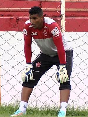 Edson goleiro vila nova (Foto: Reprodução / TV Anhanguera)