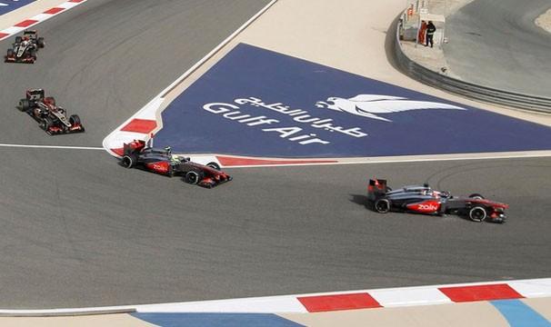 Pilotos disputam pela pole position do GP da Espanha (Foto: Reuters/Reprodução: Globoesporte.com)