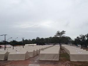 Em abrigo único de Porto Velho, 200 barracas já foram montadas (Foto: Andreia Gonzalez/G1)
