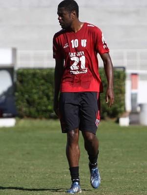 Leomar, zagueiro do Botafogo-SP (Foto: Rogério Moroti / Ag. Botafogo)