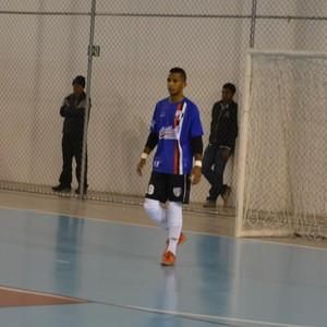 Goleiro Sinhá Mogi das Cruzes futsal contra São José (Foto: Bruno Rocha)