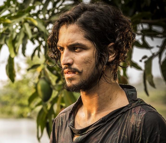 Miguel procura ajuda para salvar terras (Foto: Inácio Moraes/ Gshow)