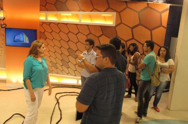 Estudantes de Jornalismo visitam a TV Clube. (Foto: André Santos/TV Clube)