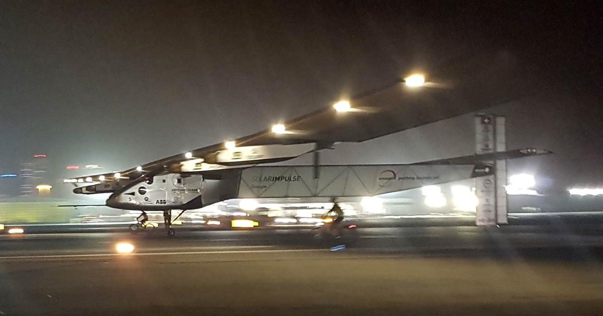 Impulse II encerra viagem e é 1º avião a cruzar o mundo com energia solar
