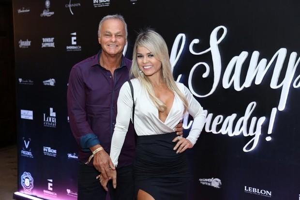 Kadu Moliterno com a namorada Cristianne Rodriguez (Foto: Marcos Ferreira e Roberto Filho/Ag. Brazil News)