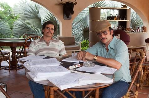 Wagner Moura e Juan Pablo Raba em 'Narcos' (Foto: Daniel Daza/Netflix)