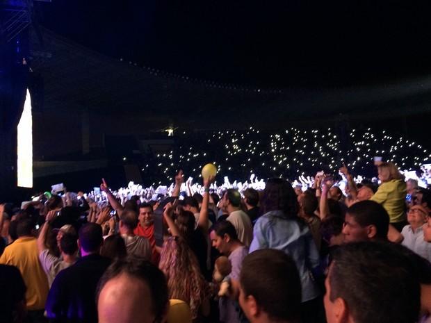 Público se envolveu com músicas de ex-beatle no ES (Foto: Victoria Varejão/ G1 ES)