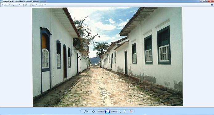 A foto será falva em formato digital no seu computador (Foto: Reprodução/Barbara Mannara)