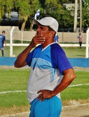 Carlinhos Marechal, técnico do CSA sub-20 (Foto: Henrique Pereira/ GloboEsporte.com)